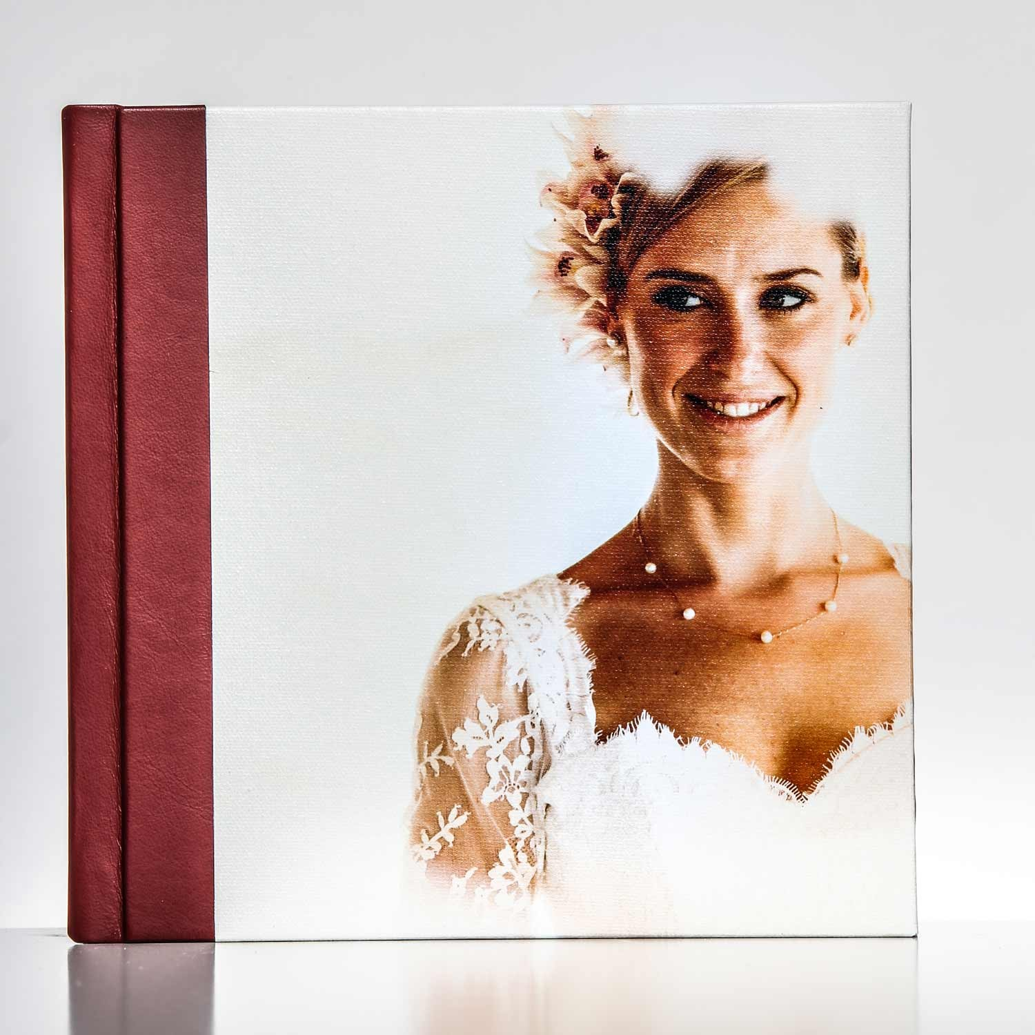 Silverbook 20x20cm with Canvas