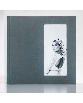Silverbook 30x30cm mit Hochformat Fenster